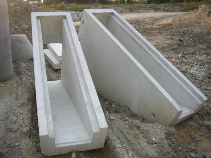 Kabeltrogabführung aus Beton