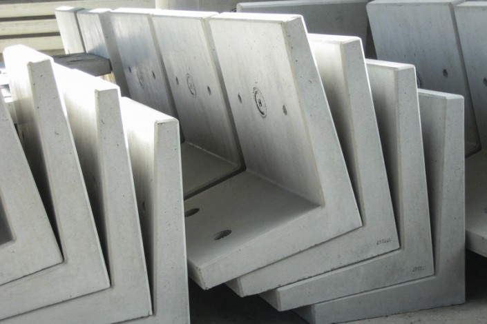 Winkelelemente aus Beton