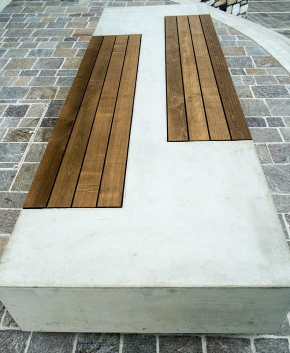 Sitzbank aus Beton in Velden