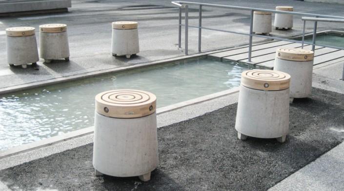 Sitzpoller aus Beton