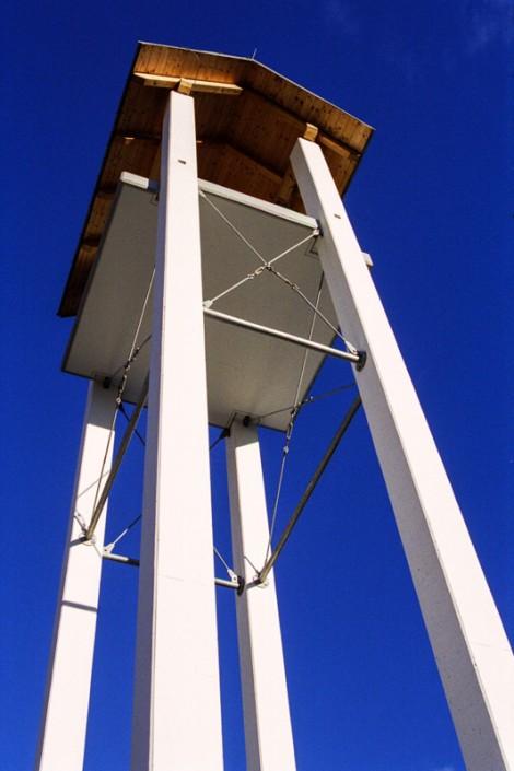 Foto der Glockenturmsäulen aus Beton in Gmünd